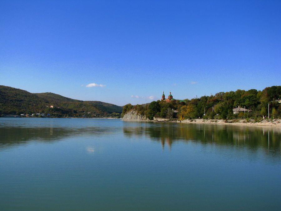 Фотография озера Абрау-Дюрсо