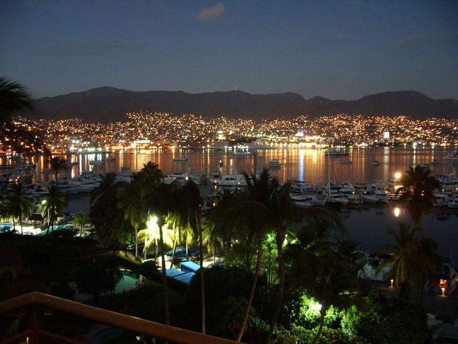 Ночной Акапулько фото