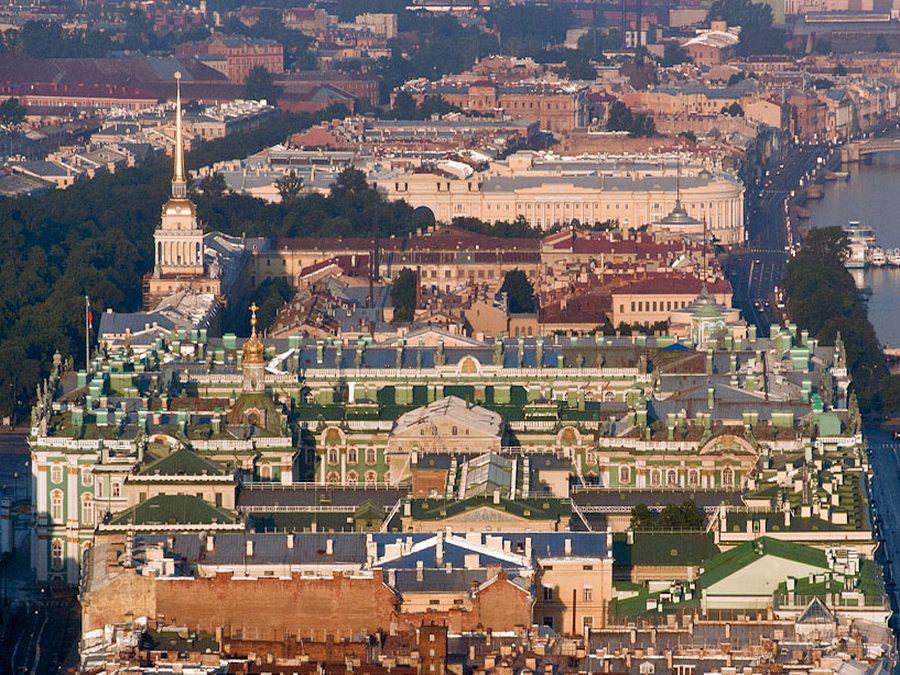 Фотография панорамы Зимнего дворца и Адмиралтейства