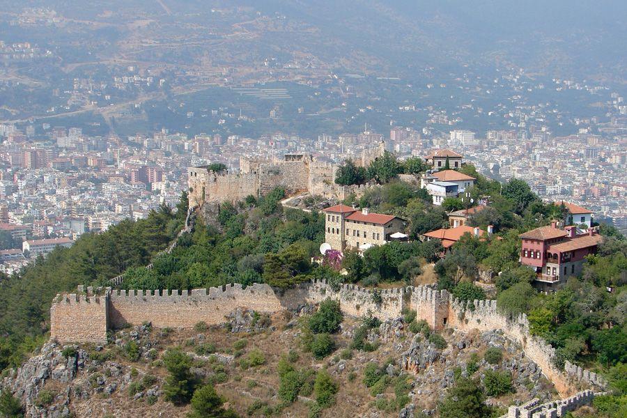 Византийская крепость в Алании Турция фото