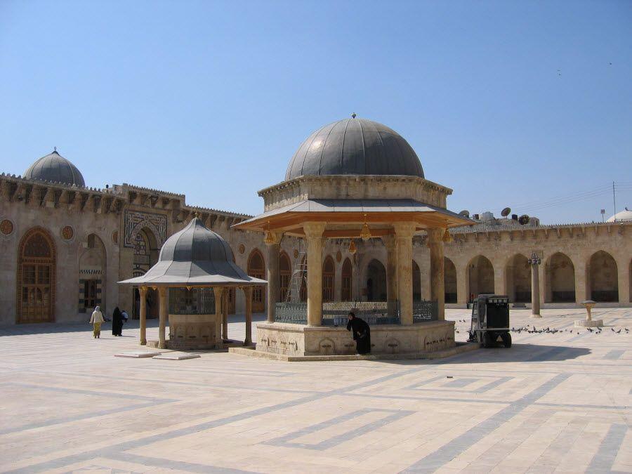 Фото мечети в городе Алеппо