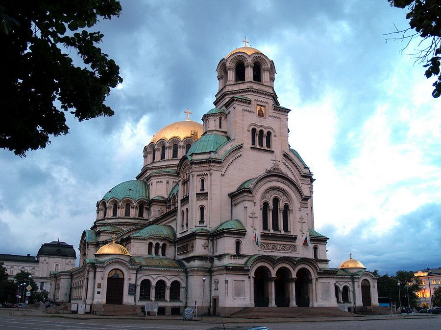 Фотография Храма-памятника Александру Невскому в Болгарии