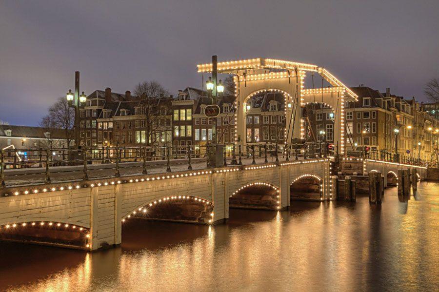 Тощий мост в Амстердаме фотография