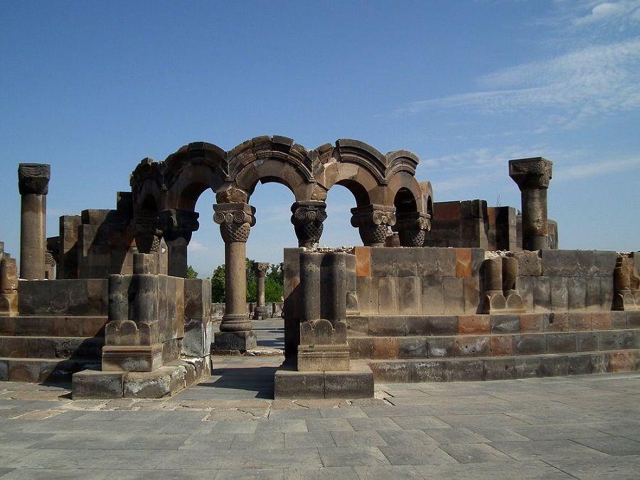 Фото Древнего Храма Небесных Ангелов