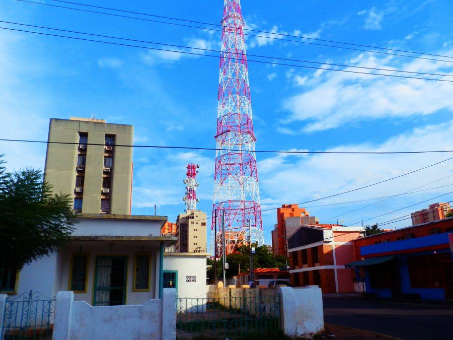 Фото телевышки в Маракайбо