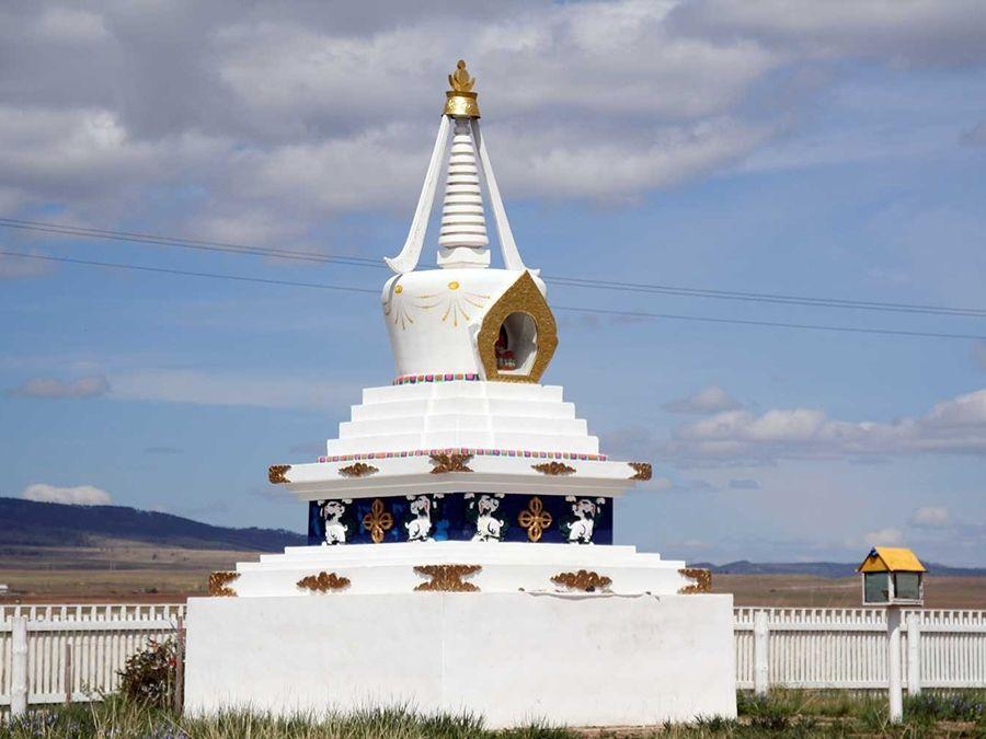 Фотография источника Хамбо-ламы Даши-Доржо Итигэловы в Бурятии
