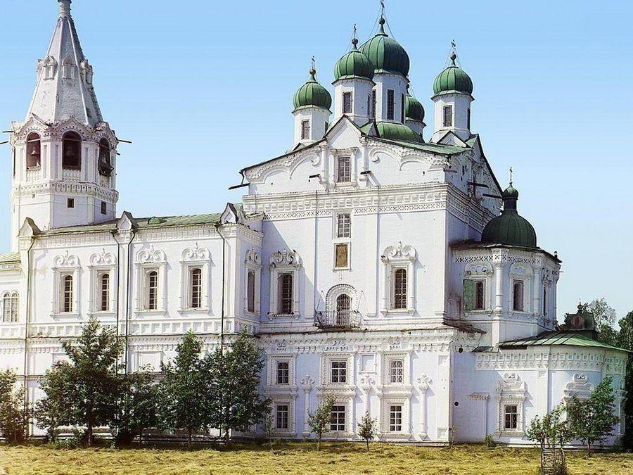 Вид на храмы Далматского монастыря, фото 1909 г