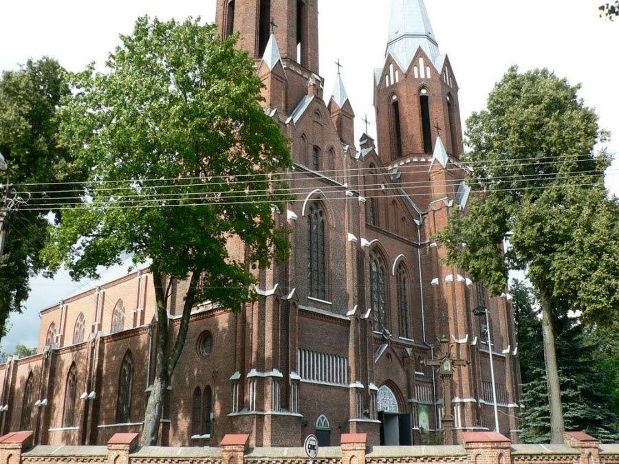 Старинная Церковь Аукштаития в Аукштайтийском парке. Литва