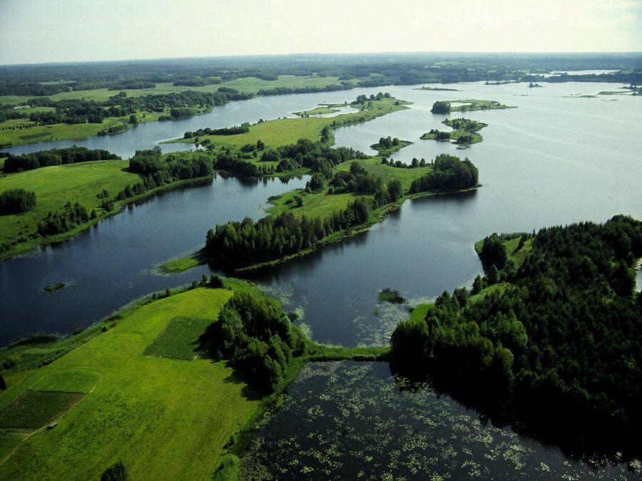 Фото красивых озер в Аукштайтийском парке. Литва
