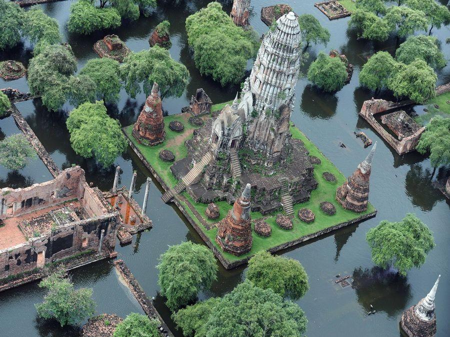 Фото затопленных древних руин в Аюттхае Таиланд вид с высоты