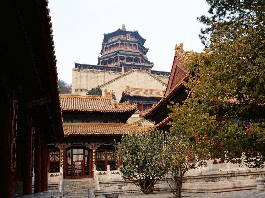 Вид красивого храма в Пекине фотография