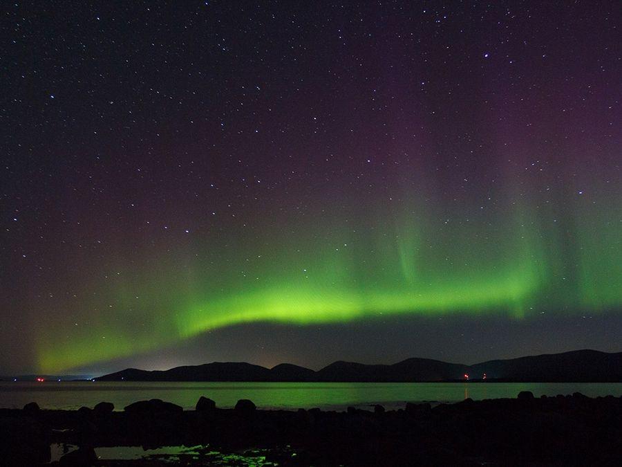 Фотография северного сияния над Белым морем