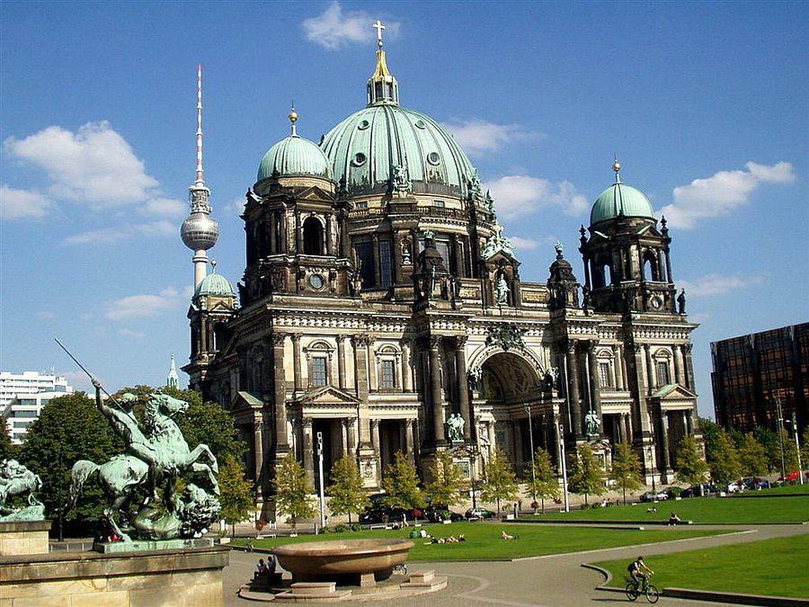Берлинский кафедральный собор фотография