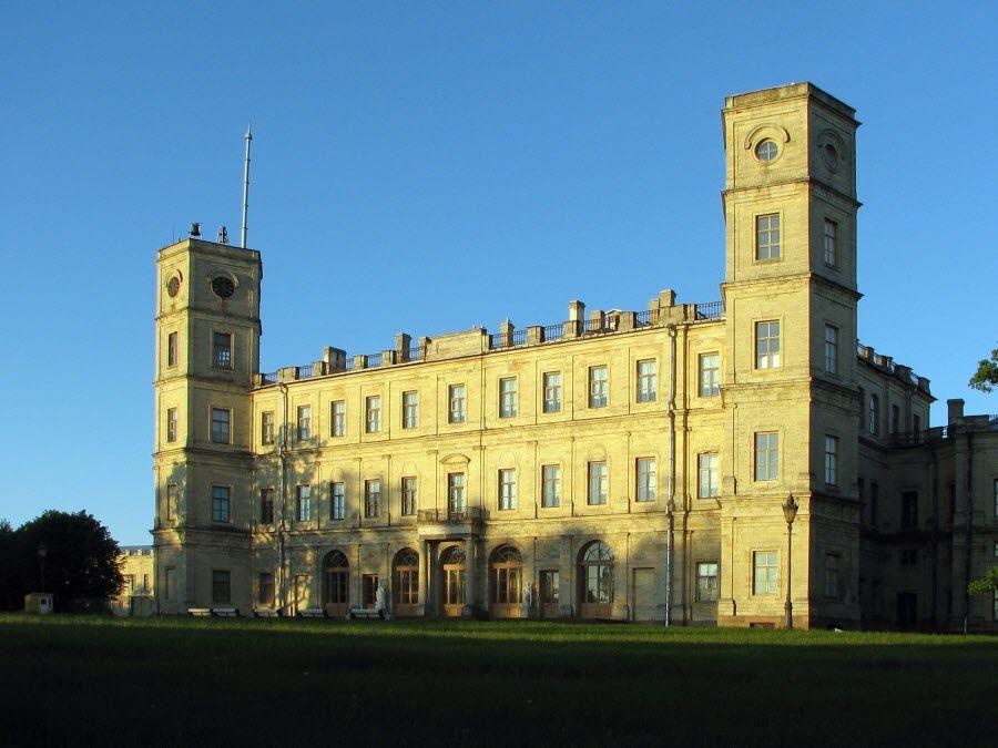 Фото вид с севера на Большой Гатчинский дворец