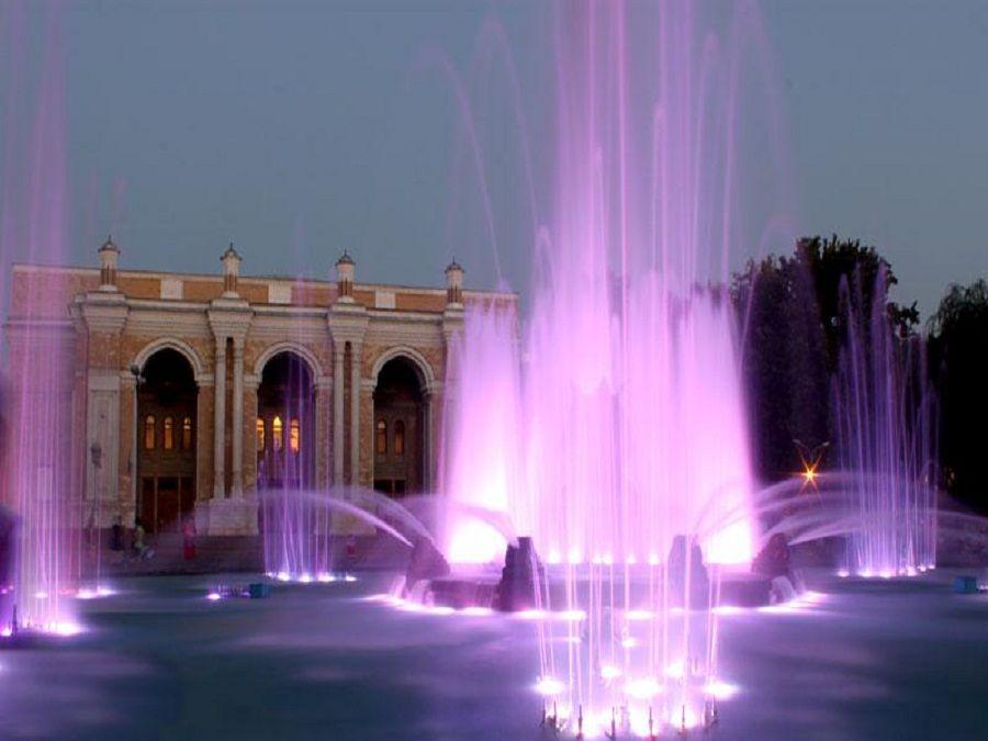 Большой театр Оперы и Балета фото вечером