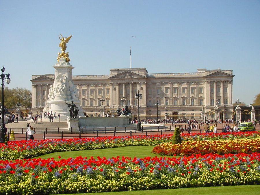 Фотография Букингемского дворца в Лондоне