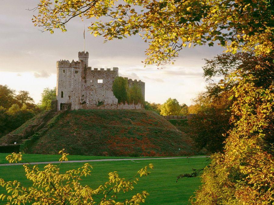 Замок Кардифф в Великобритании фотография