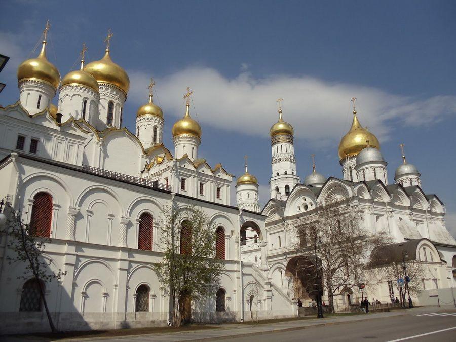 Фотография Соборной площади Московского Кремля