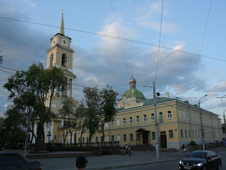 Кафедральный собор Спасо-Преображенского монастыря в Перми фотография