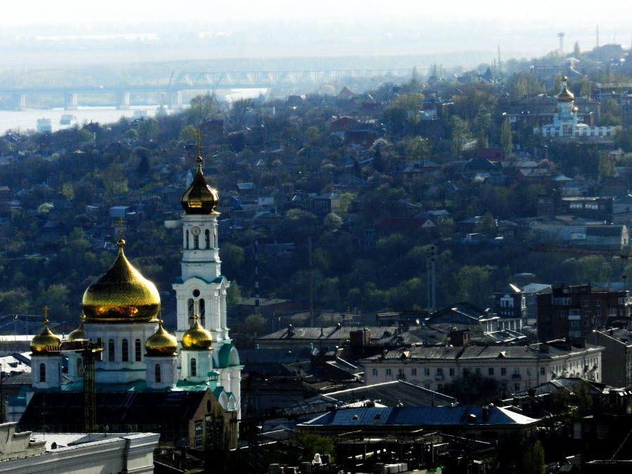 Фото панорама кафедрального собора в Ростове