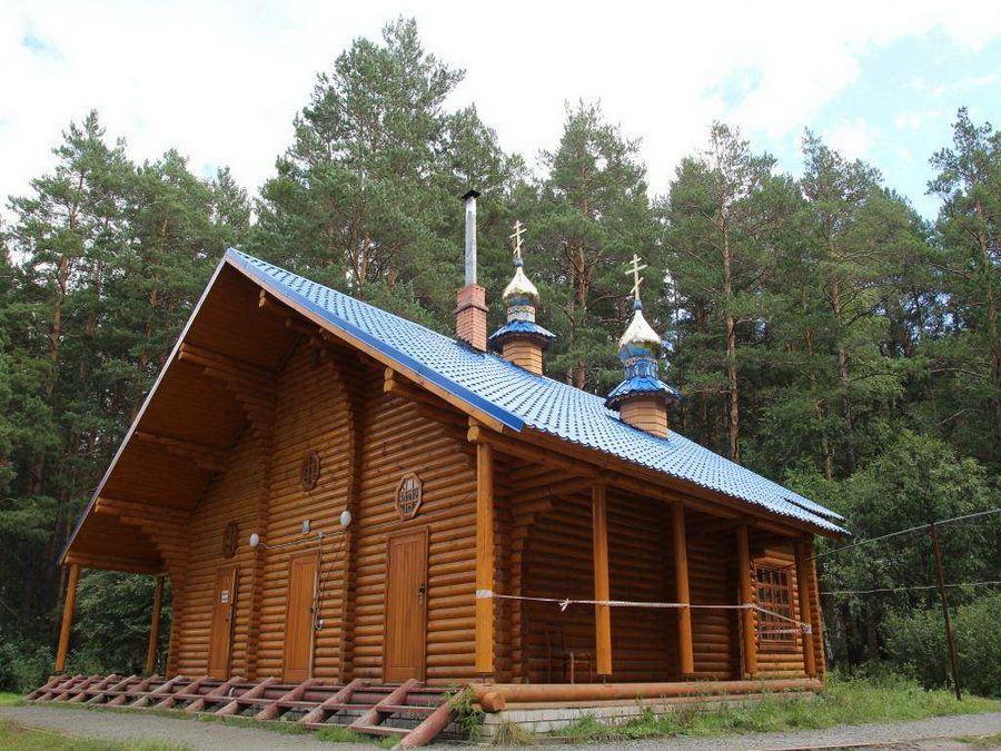 Фото купальни Чимеевского святого источника в Курганской области
