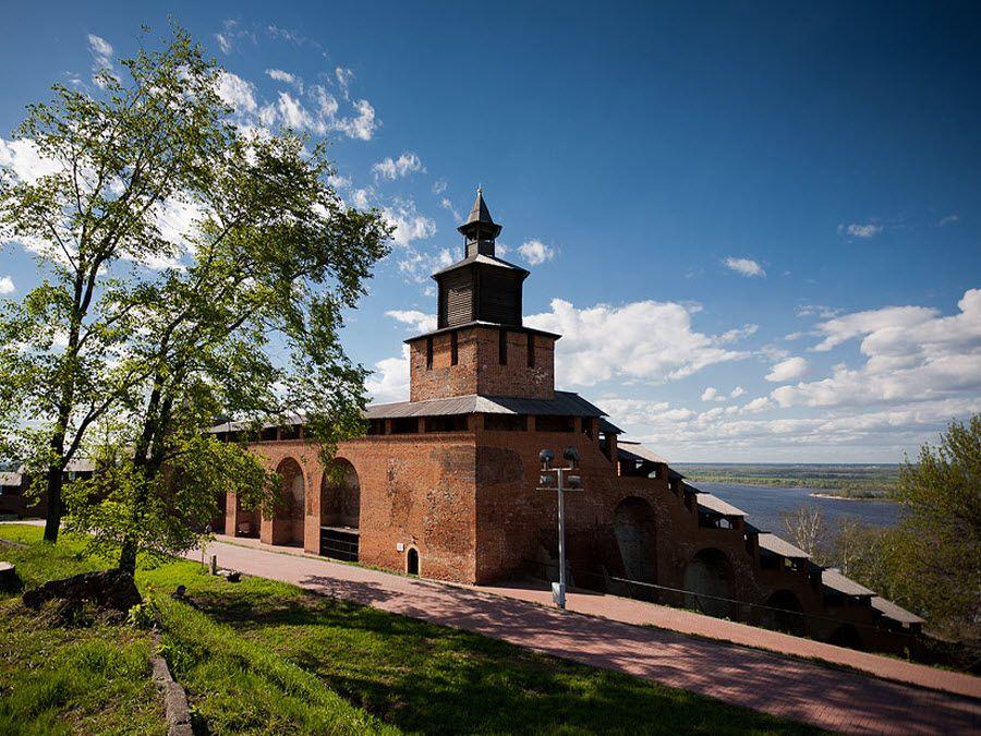 Фото часовой башни в Кремле. Нижний Новгород