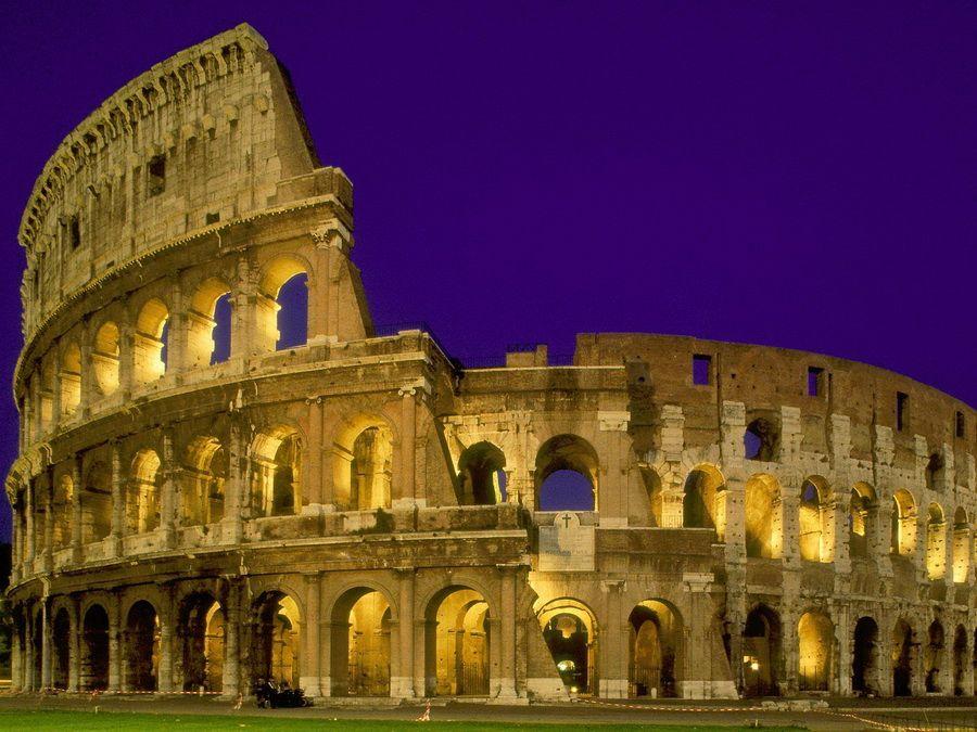Развалины Колизея в Риме фотография