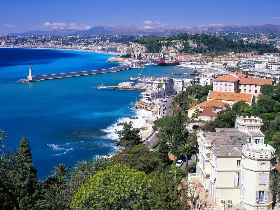 Фото панорамы Ниццы на Лазурном берегу Франции