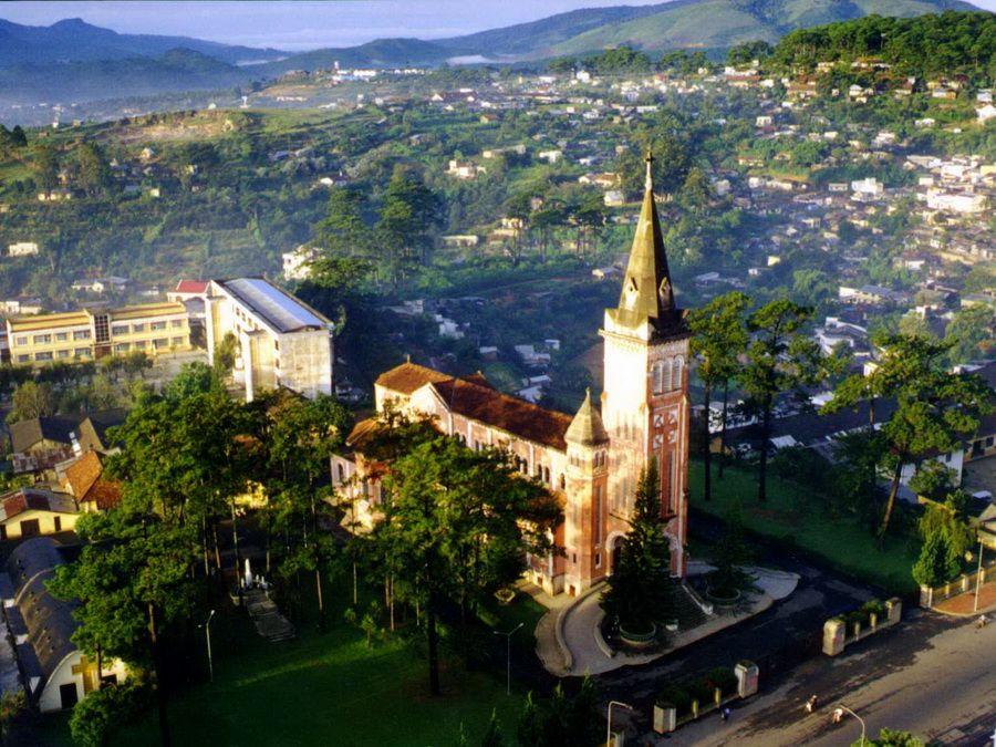 Фото панорамы Далата во Вьетнаме