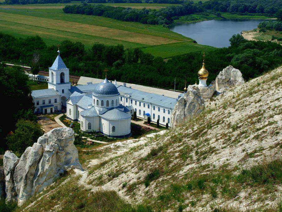 Дивногорский Свято-Успенский мужской монастырь фото