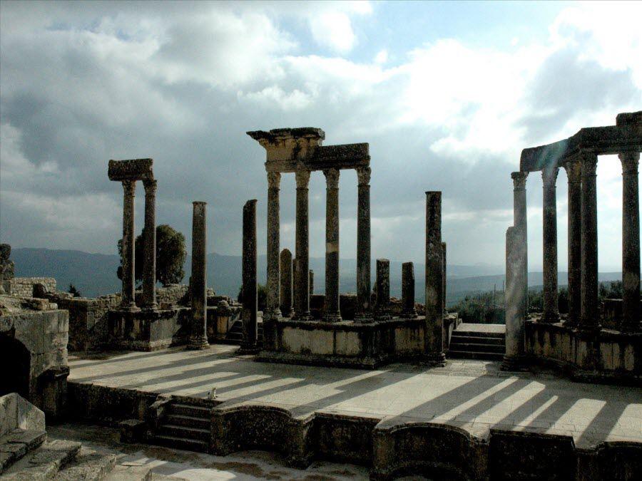 Фото руины города Дугга в Тунисе