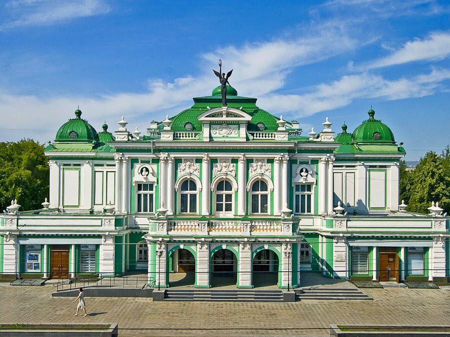 Академический театр драмы в Омске фото
