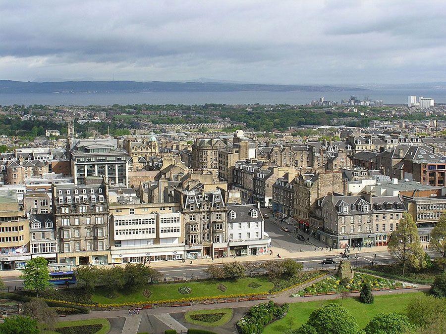 Фотография нового города в Эдинбурге