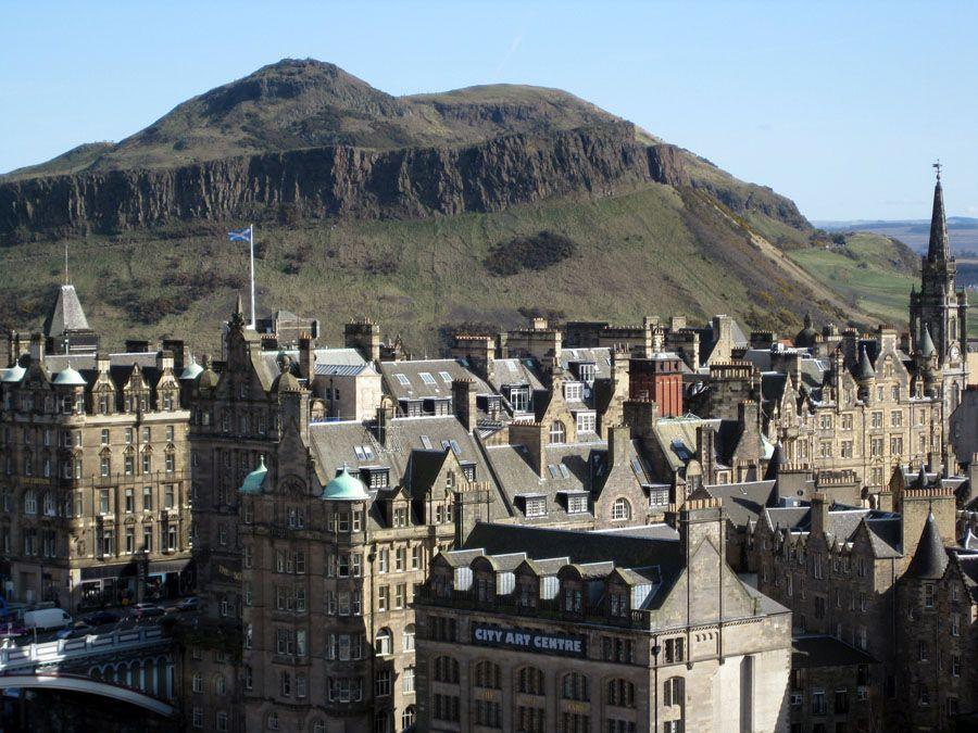 Город Эдинбург столица Шотландии фото