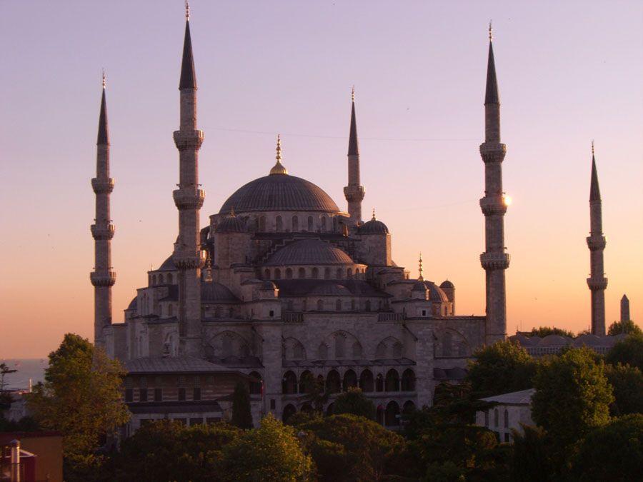 Фотография мечети Эски Джами в Анталии Турция