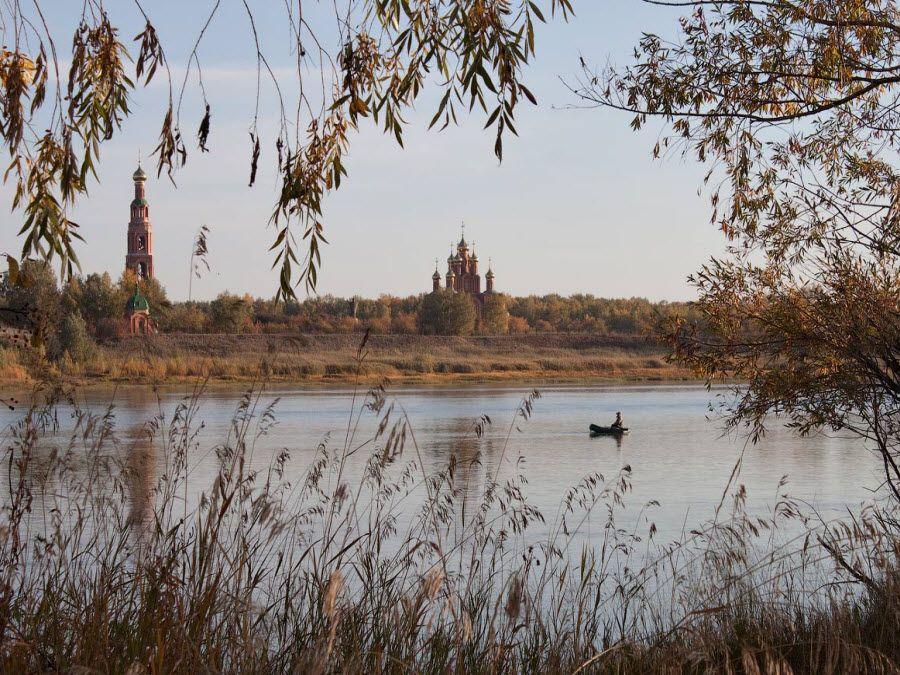 Потрясающий пейзаж Ачаирского монастыря фото