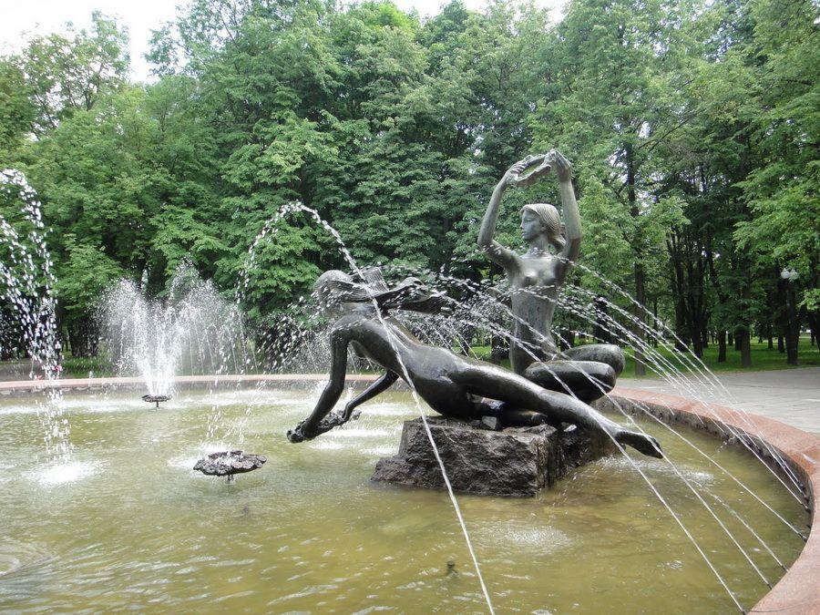 Фотография фонтана в парке Купали