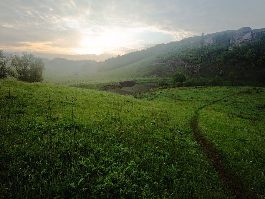 Вид на Галичью гору утром фото