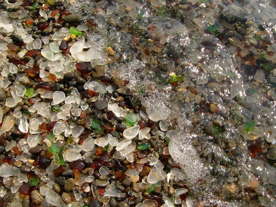 Стеклянный пляж в Калифорнии фото Национального парка МакКерричер