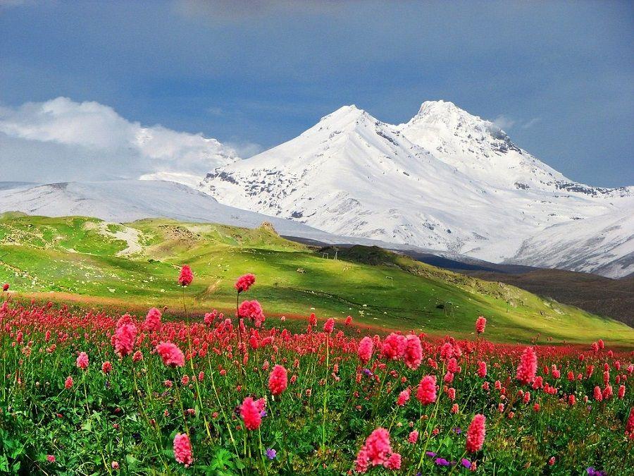 Фотография горы Эльбрус