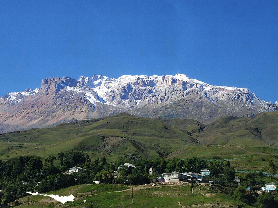 Фотография горы Шалбуздаг