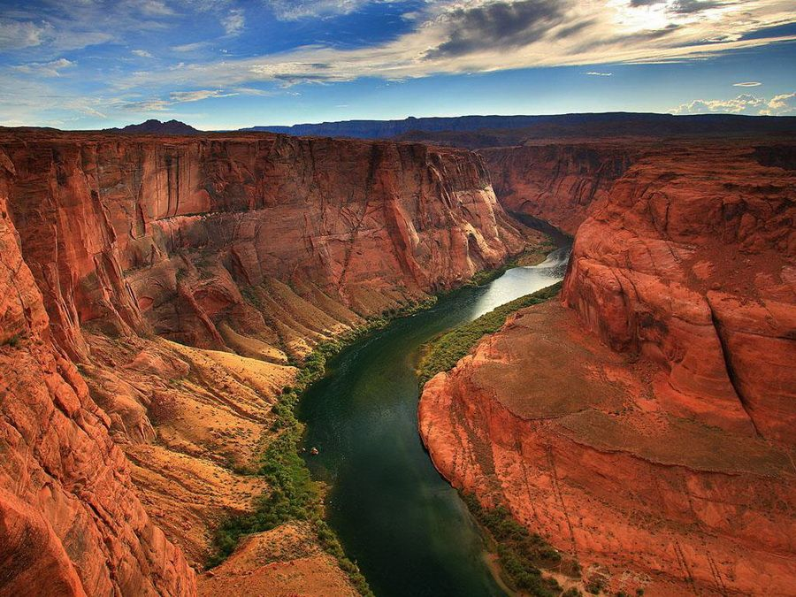 Панорама Гранд-Каньона на реке Колорадо в Аризоне фото
