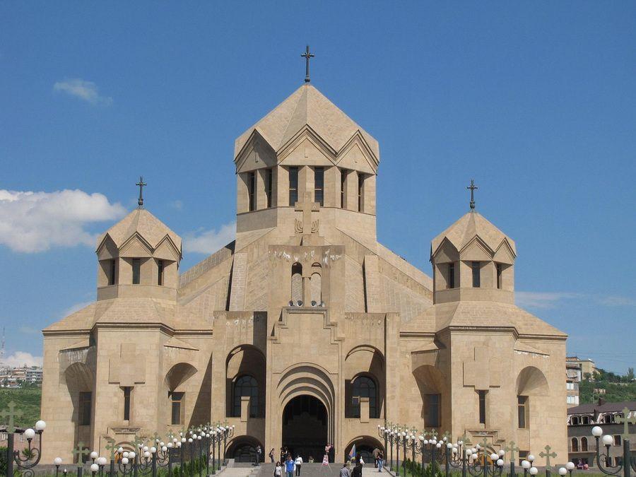 Фотография Собора св. Григория Просветлителя в Ереване