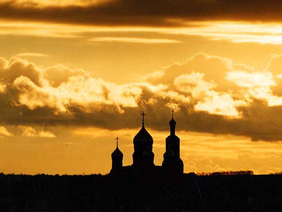 Вид ночью на Спасо-Преображенский собор фото