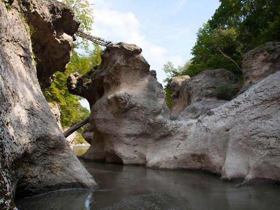 Фото реки Белая в Хаджохской теснине