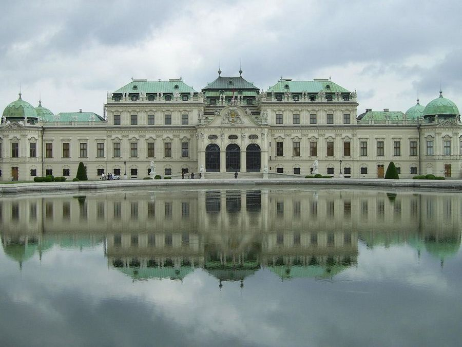 Фотография Императорского дворца Хофбург в Австрии