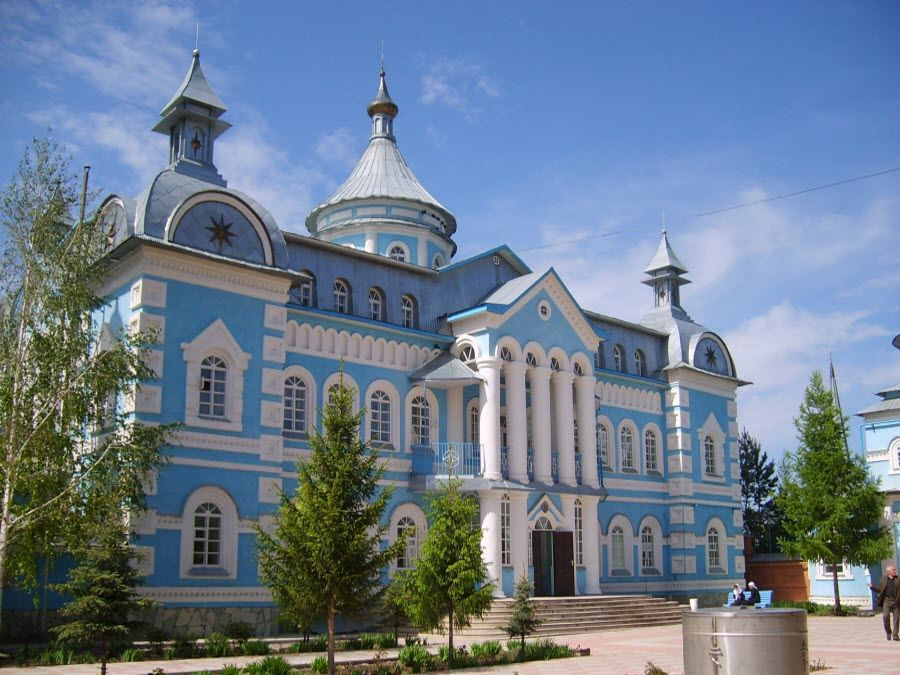 Фото архитектуры Свято-Троицкой церкви