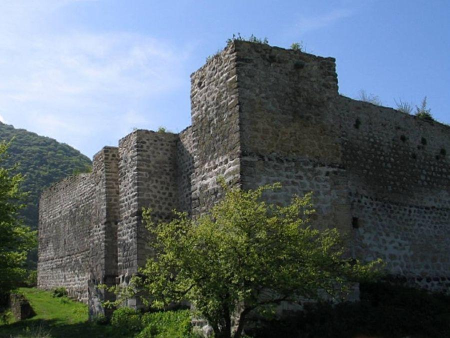 Хучнинская крепость фото Дагестана