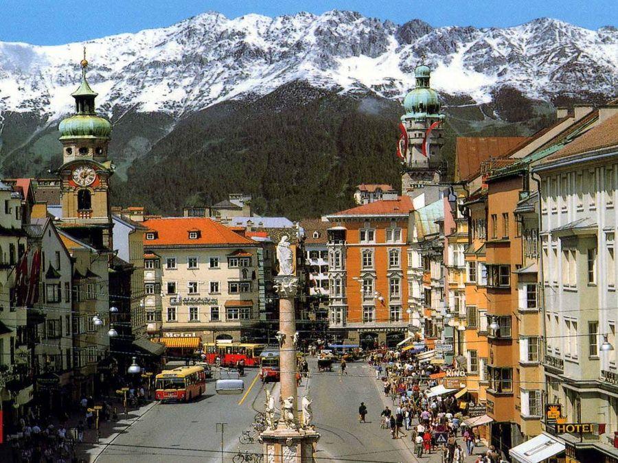 Горный курорт Инсбрук в Австрии фотография