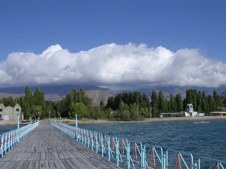 Удивительная природа, окружающая озеро Иссык-Куль фото